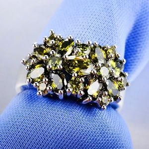 Peridot Cubic Zirconia Ring size 6